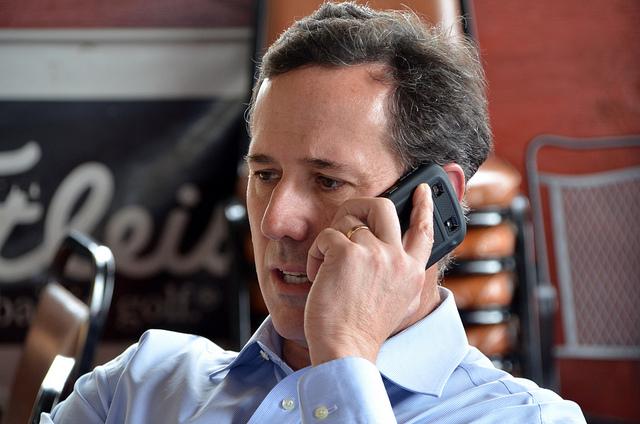 Santorum i samtale med Sean Hannity. Foto: Are Tågvold Flaten / AmerikanskPolitikk.no.