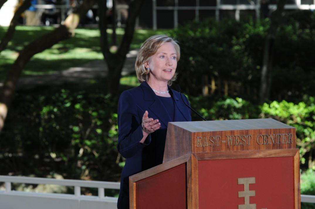 Hillary Clinton er fortsatt soleklar favoritt hos demokratene. Foto: East-West Center, Flickr.
