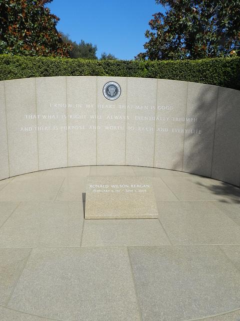 CA Reagan grave